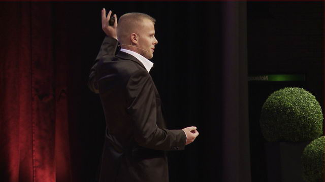 Gunnar Kessler onstage